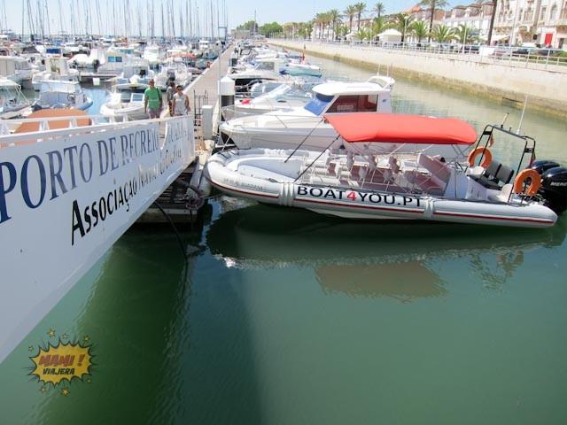 El bote de Boat 4 You en la marina
